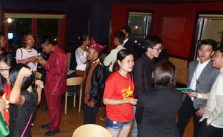 southeast Asian students at Bistro 63